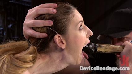 海外sm本場のアイアンクリムゾン 喉が膨らむイラマチオ調教